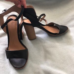 Charlotte Russe Black Strappy Chunky Heels